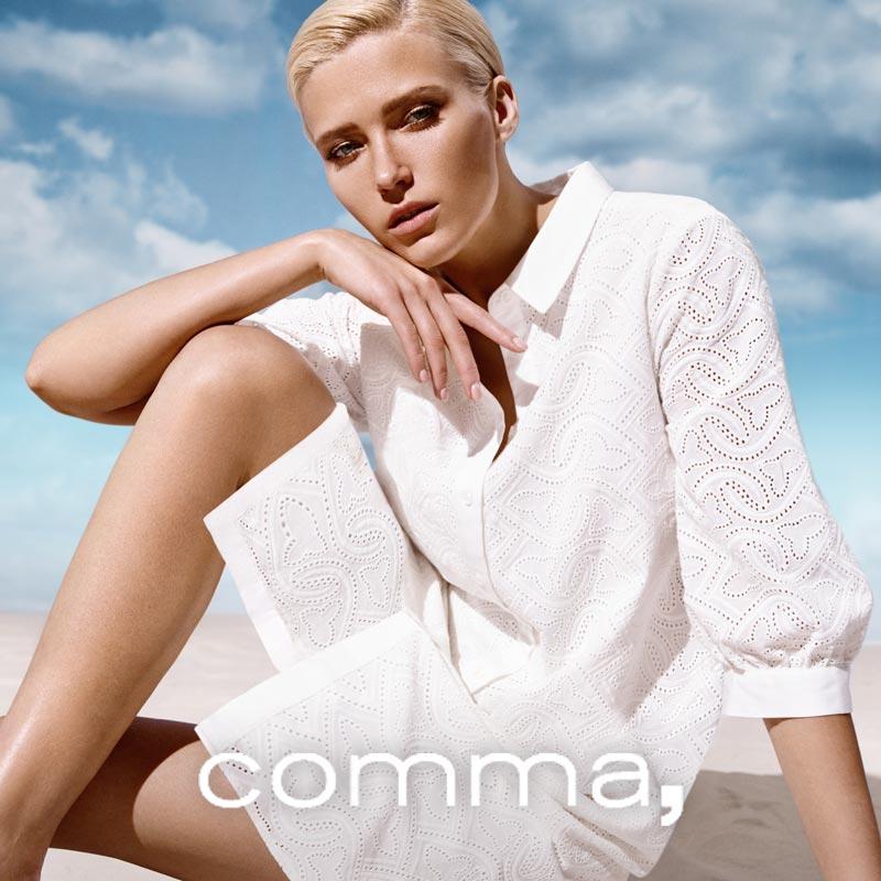 Weißes Sommerkleid mit stylischem Muster