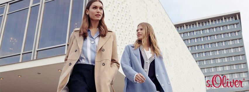 Stylischer Trenchcoat in Beige und Hellblau, kombinierbar mit Bluse oder Sweatjacke